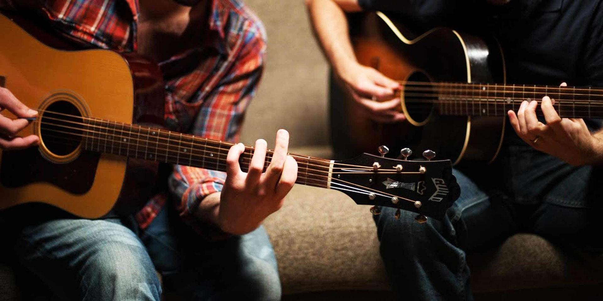 給第一次接觸木吉他的朋友們~初學吉他最常遇到的問題